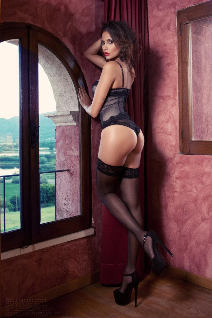 fotografia glamour Playbmate Francesca Lukasik - per playboy - fotografa Francesco Francia fotografo glamour- nude art photographer