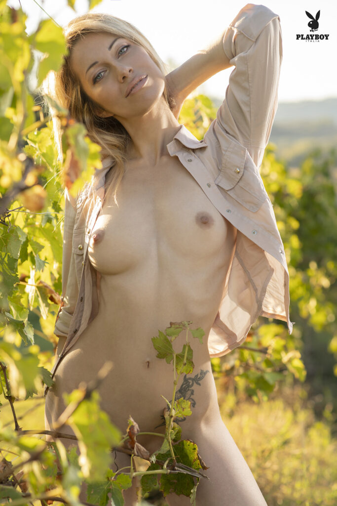 fotografia glamour Alessia - per playboy - fotografa Francesco Francia fotografo glamour- nude art photographer